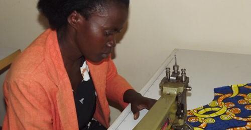 """""""Dukora Tujy´Imbere"""", un proyecto para el fortalecimiento de la posición social, económica y reconocimiento de los Derechos Humanos en Ruanda, en el cual participan 7 cooperativas de mujeres Image"""