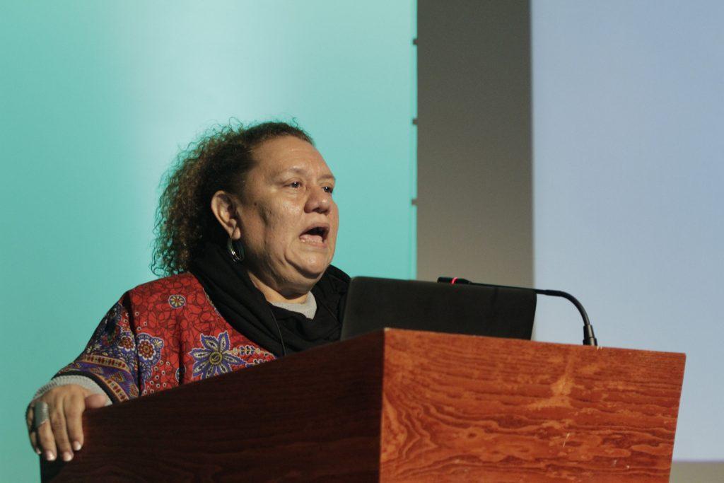 Margarita Posada, coordinadora del Foro Nacional de Salud de El Salvador en su discurso