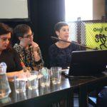 Mesa redonda: el tratamiento de la violencia contra las mujeres en los medios de comunicación (Foto: Ecuador Etxea)