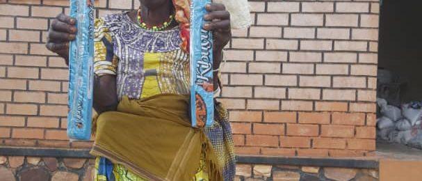 COVID-19ren aurkako borrokarekin bat egiten dugu Ruandan